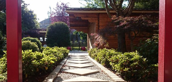 Jardin Japonais Rouge Conception Et Realisation Jardins Du Japon Et D Ailleurs